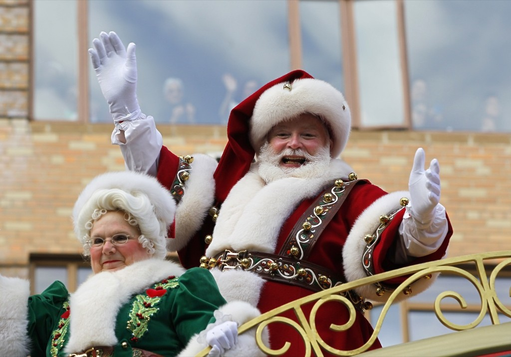 Santa Claus proceeds down Central Park West in the Macy's Thanksgiving Day Parade in New York, Thursday. Photo by Gary Hershorn