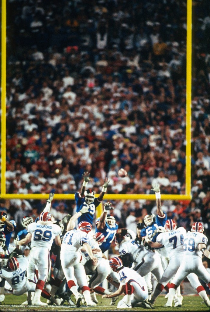 Scott Norwood, the Bills kicker, misses wide right against the New York Giants during Super Bowl XXV, Jan. 1991 at Tampa Stadium. Giants won, 20-19. Focus on Sport/Getty Images
