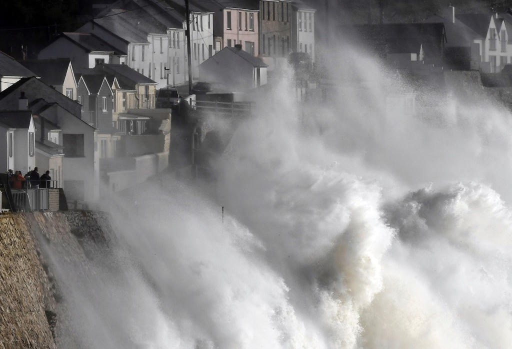 Large waves crash along sea defences and the harbour as storm Ophelia approaches Porthleven in Cornwall, southwest Britain. REUTERS/Toby Melville