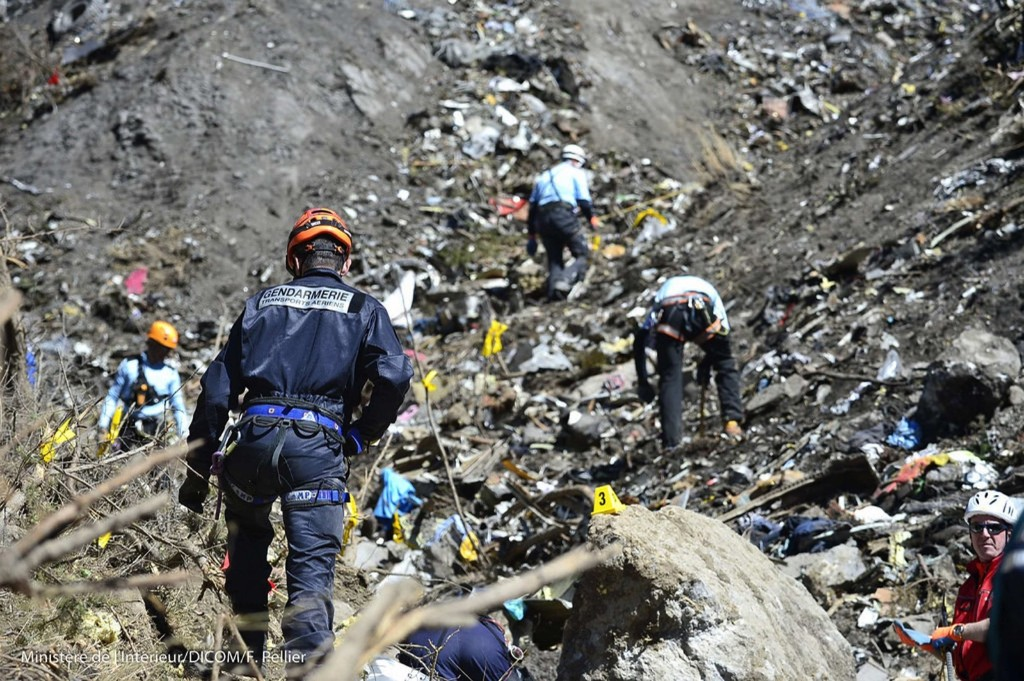 French gendarmes and investigators at the crash site of Germanwings flight 9525, near Seyne-les-Alpes. REUTERS/French Interior Ministry/DICOM/F.Pellier