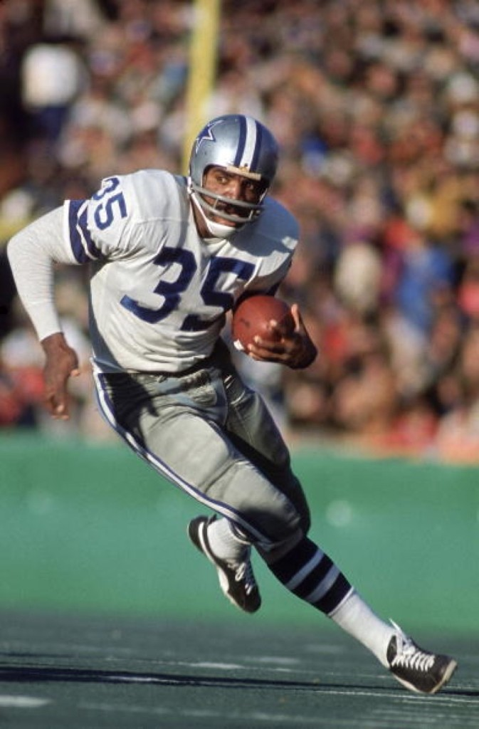 Cowboys Calvin Hill rushing against the Dolphins in Super Bowl VI in New Orleans, Jan. 1972. Walter Iooss Jr. /Sports Illustrated/Getty Images