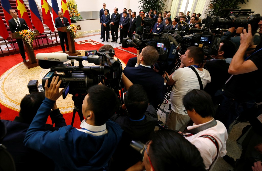 Russia's Prime Minister Dmitri Medvedev attends a news conference with his Vietnamese counterpart Nguyen Xuan Phuc at the Government Office in Hanoi, Vietnam November 19, 2018. Image: REUTERS/Kham/Pool