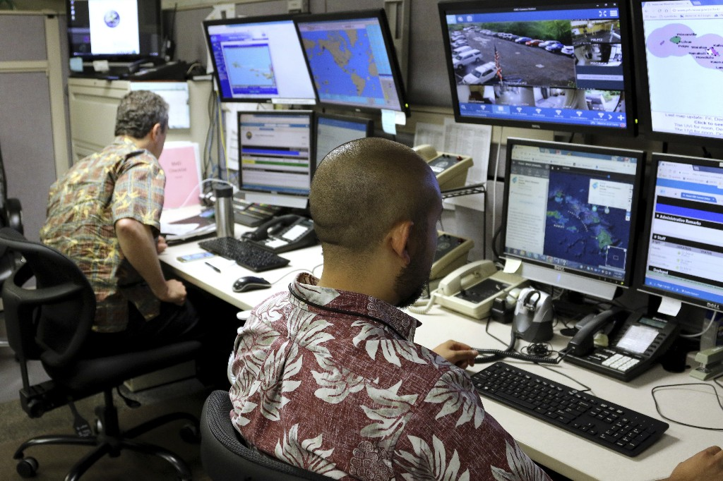 Hawaii releases redacted recording of missile alert drill