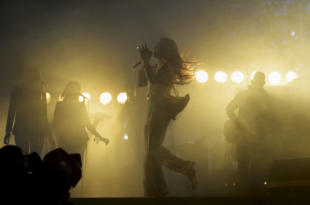 Florence and the Machine perform on the Pyramid stage during Glastonbury. REUTERS/Dylan Martinez