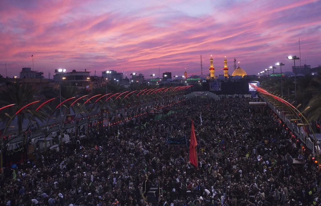 Shi'ite Muslim pilgrims gather as they commemorate Arbain in Kerbala. REUTERS/Stringer