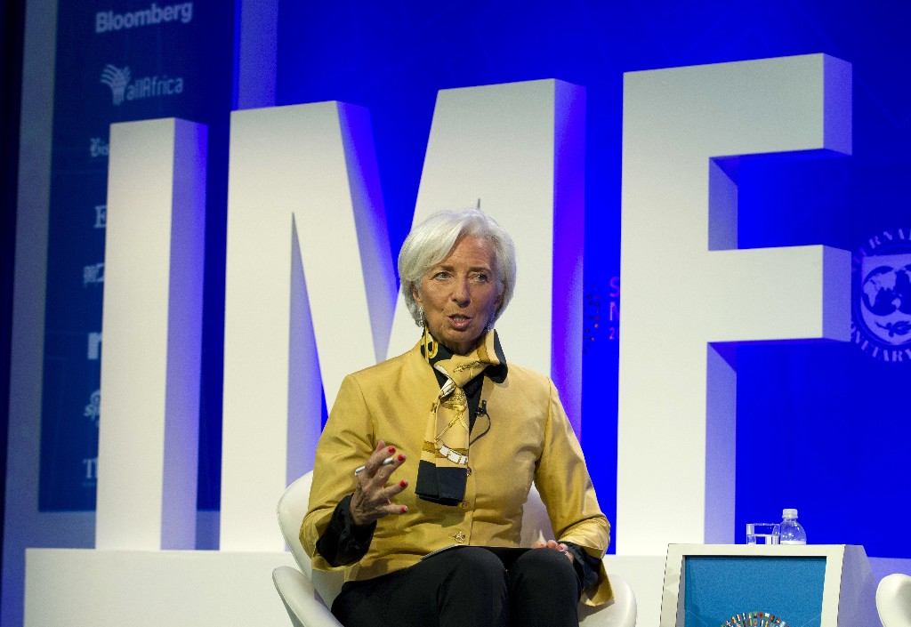 Lagarde urges countries to settle trade disputes, cut debt
