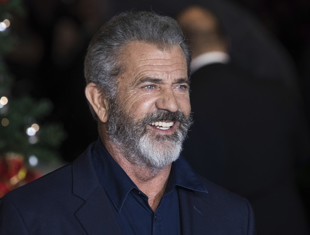 Mel Gibson to direct, co-write remake of 'The Wild Bunch'