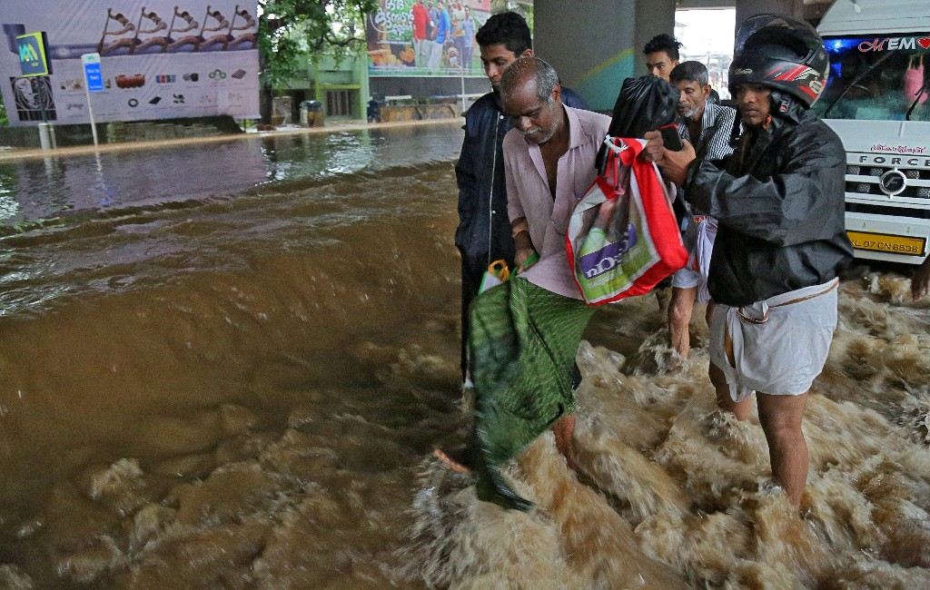 Floods hit rubber output in southern Indian state as death toll rises to 79