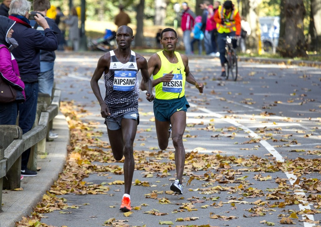 Wilson Kipsang battles Lelisa Desisa in Central Park during the final moments. AP Photo/Craig Ruttle