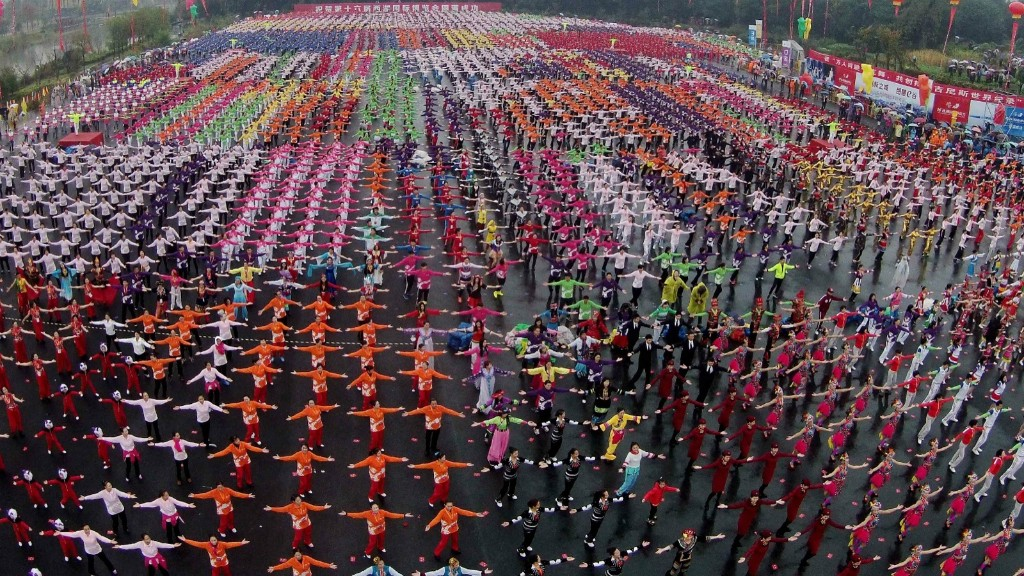 More than 6,000 people perform line dance at Baima Lake in Hangzhou, China. ChinaFotoPress/Getty Images