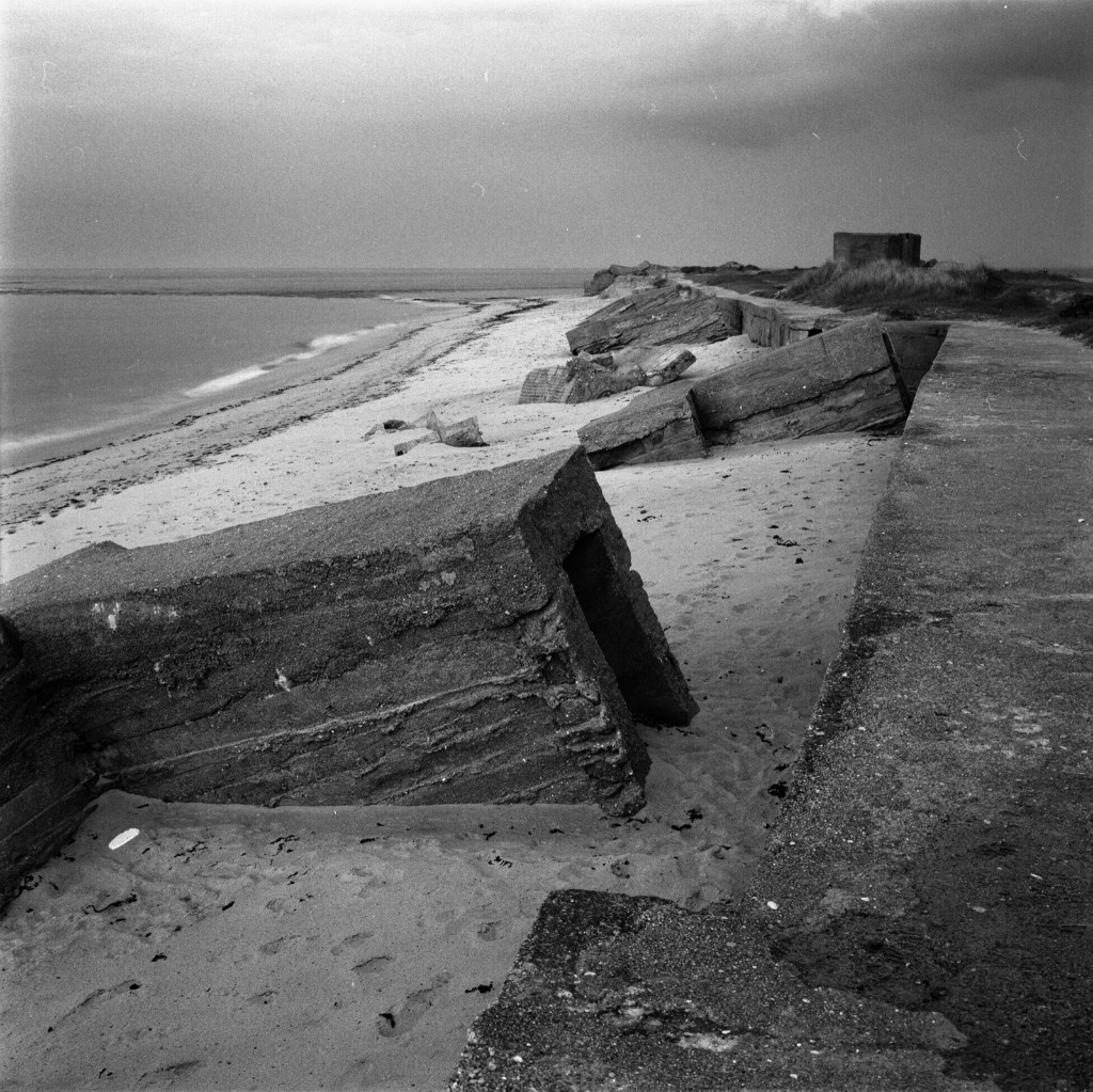 Néville sur Mer, Normandy, France, 1994. David Burnett/Contact Press Images