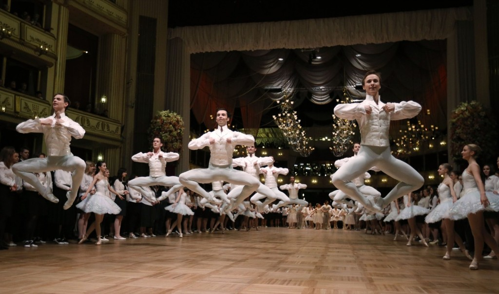 Dancers of the state opera ballet during a dress rehearsal for the Opera Ball in Vienna. REUTERS/Leonhard Foeger