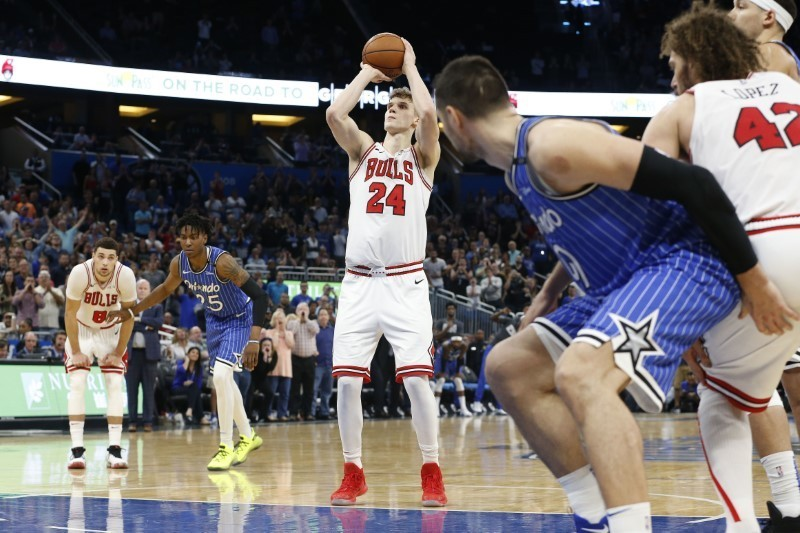 Feb 22, 2019; Orlando, FL, USA; Chicago Bulls forward Lauri Markkanen (24) shoots the game winning free throw shot during the fourth quarter against the Orlando Magic at Amway Center. Mandatory Credit: Kim Klement-USA TODAY Sports