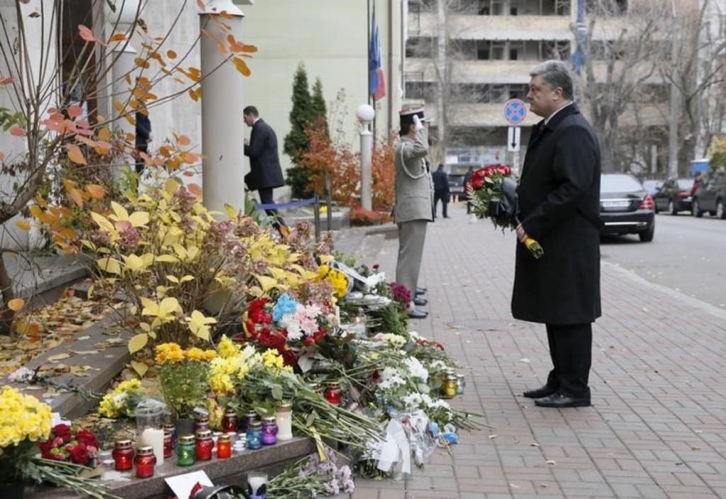 Ukraine's President Petro Poroshenko near the French embassy in Kiev. REUTERS/Valentyn Ogirenko