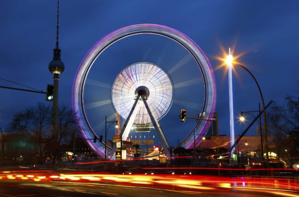 A Ferris wheel at a Christmas market in Berlin. REUTERS/Pawel Kopczynski