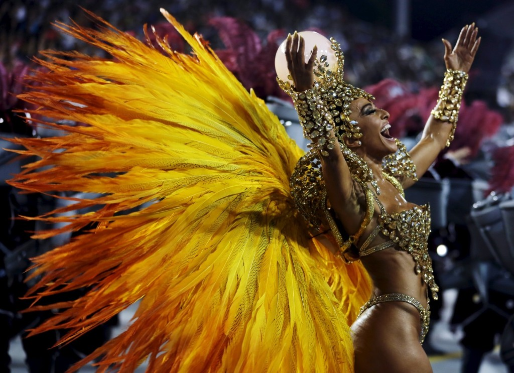 Brazilian model Sabrina Sato parades for Gavioes da Fiel samba school during carnival in Sao Paulo. REUTERS/Paulo Whitaker