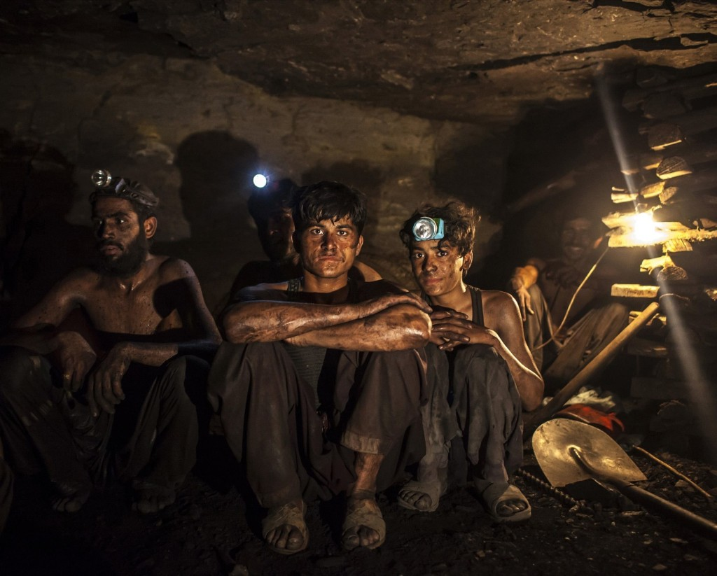 Inside a mine in Choa Saidan Shah, Punjab, Pakistan's richest and most populous province. REUTERS/Sara Farid