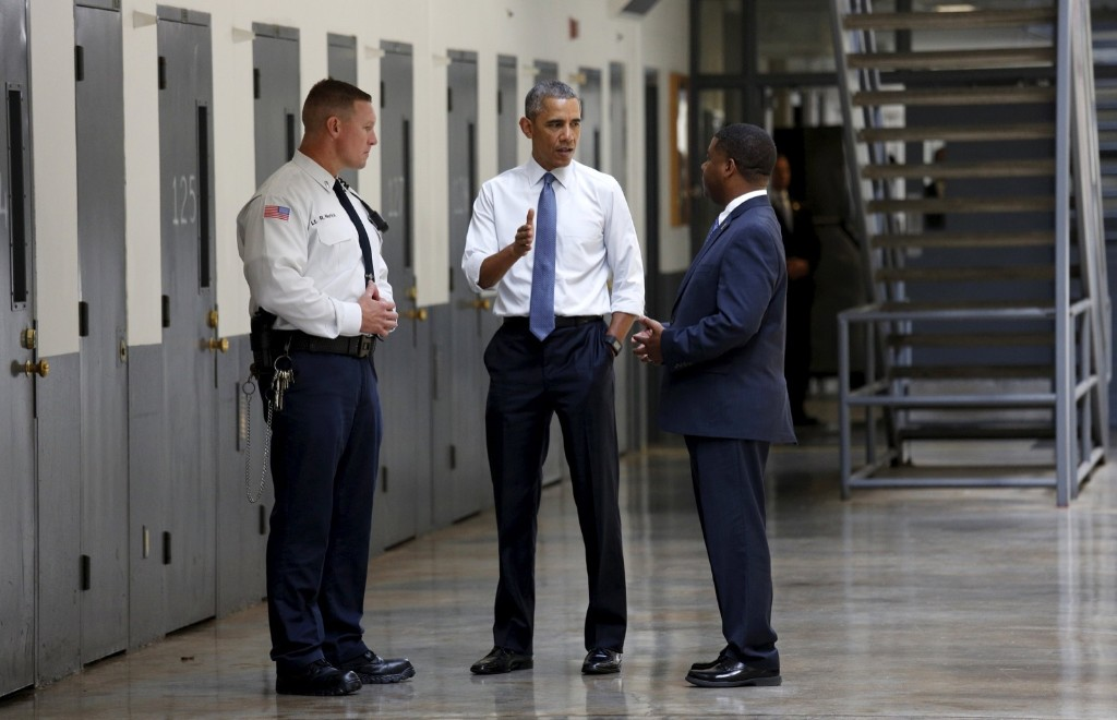 President Barack Obama tours the El Reno Federal Correctional Institution in El Reno, Oklahoma Thursday. REUTERS/Kevin Lamarque