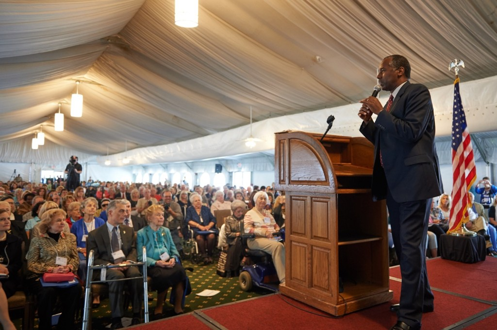 Republican presidential nominee Dr. Ben Carson speaks to the crowd during the Eagle Forum's Eagle Council event at the Marriott St. Louis Airport Hotel. Michael B. Thomas/Getty Images