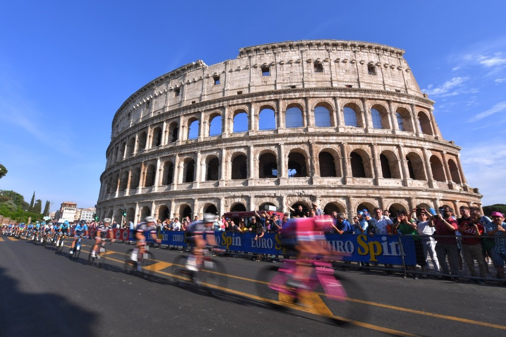 Chris Froome of Great Britain wearing the leader's pink jersey as he rides home to victory in the 101st Giro d'Italia in Rome. Tim de Waele/Getty Images