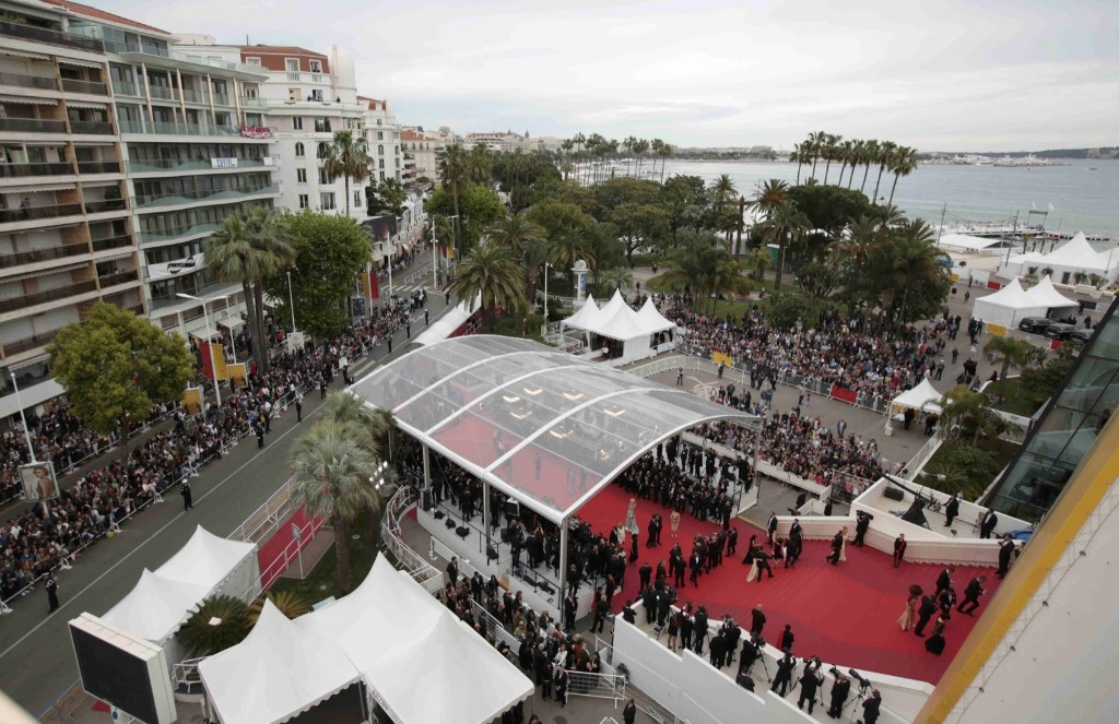 The red carpet at the Festival Palace during guest arrivals. REUTERS/Eric Gaillard