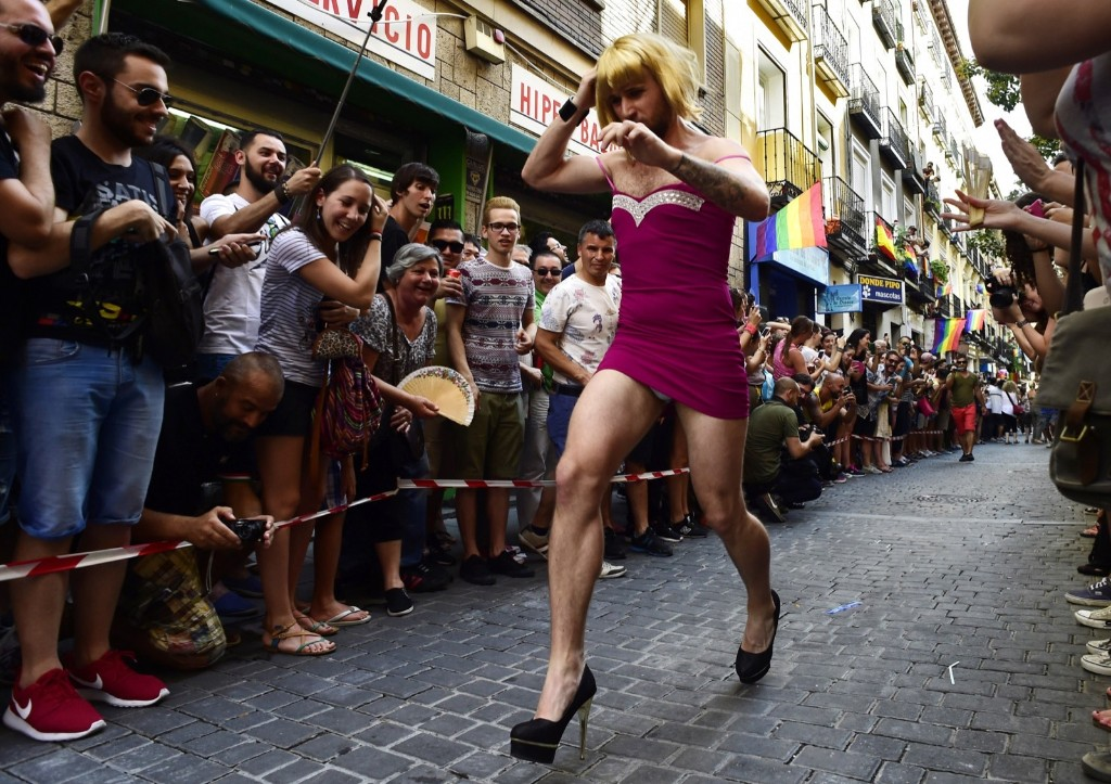 "The ""High Heels Race"" in Madrid. AFP / JAVIER SORIANO"