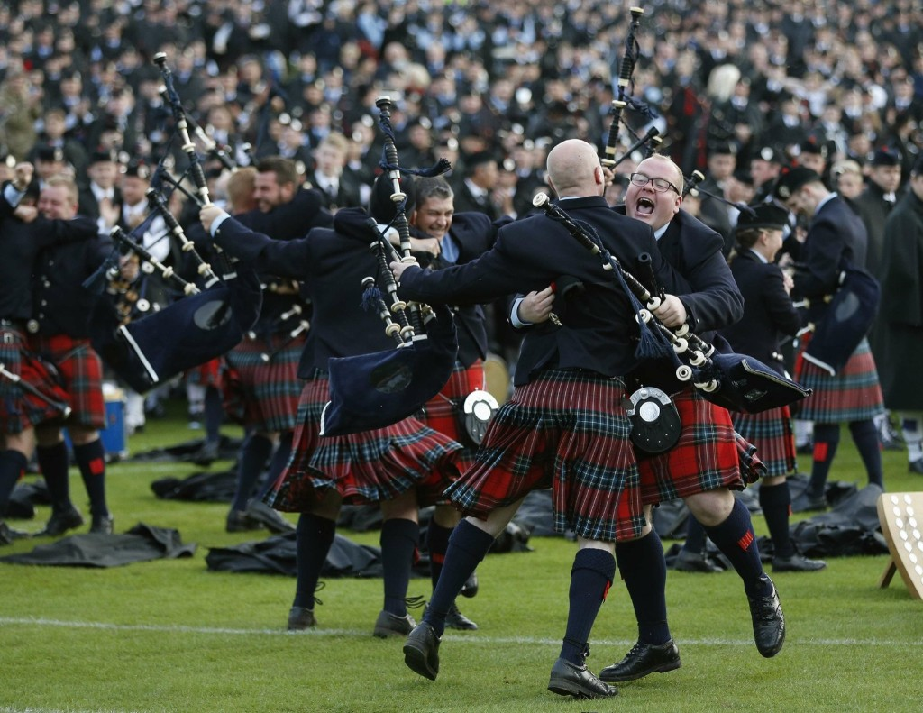 The Field Marshall Montgomery Pipe Band after winning the annual World Pipe Band Championships in Glasgow. REUTERS/Russell Cheyne