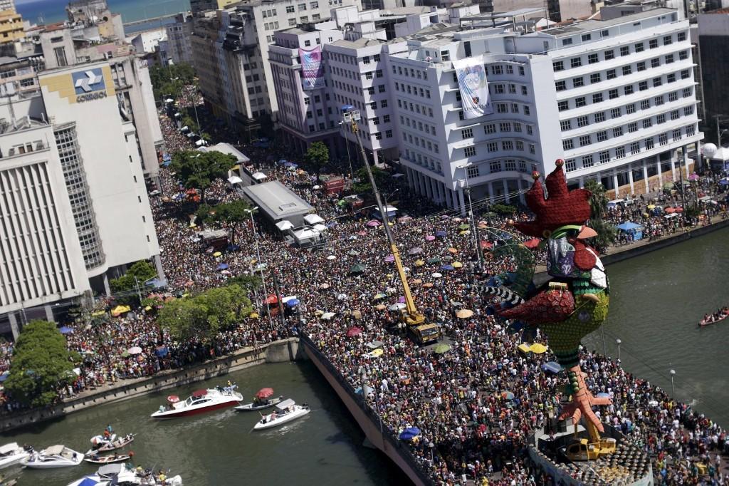 "Revellers during the ""Galo da Madrugada"" parade in Recife, Brazil. REUTERS/Ueslei Marcelino"