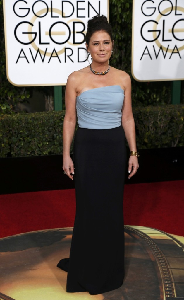 Maura Tierney on the red carpet at the Globes. REUTERS/Mario Anzuoni