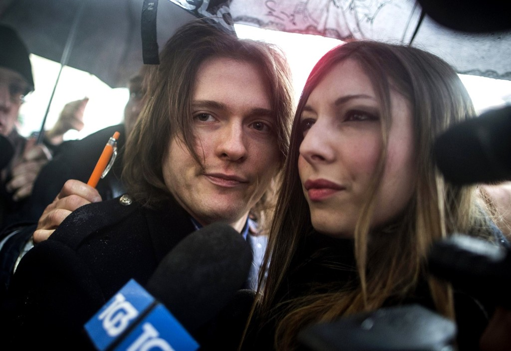 Raffaele Sollecito and his girlfriend Greta Menegaldo as he arrives at Italy's highest court, in Rome, March 25, 2015. AP Photo/Massimo Percossi/Ansa