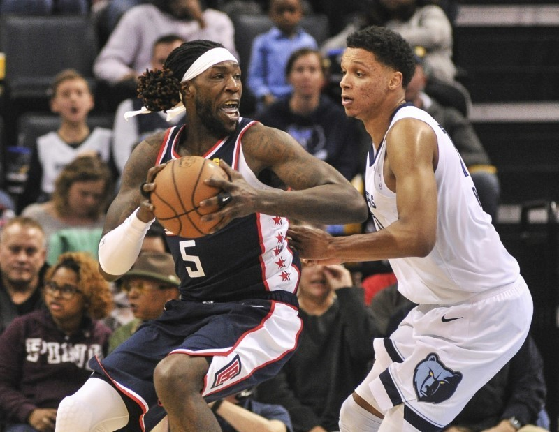 Feb 22, 2019; Memphis, TN, USA; LA Clippers forward Montrezl Harrell (5) controls the ball in front of Memphis Grizzlies forward Ivan Rabb (10) during the second half at FedExForum. Mandatory Credit: Justin Ford-USA TODAY Sports