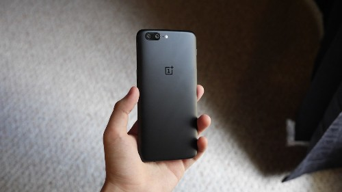 Review: OnePlus 5 is the company's first truly killer flagship [Video]