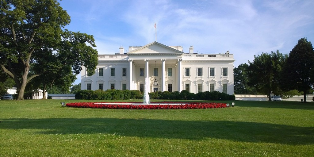 White House wants to 'clean' Chinese apps from App Store - 9to5Mac
