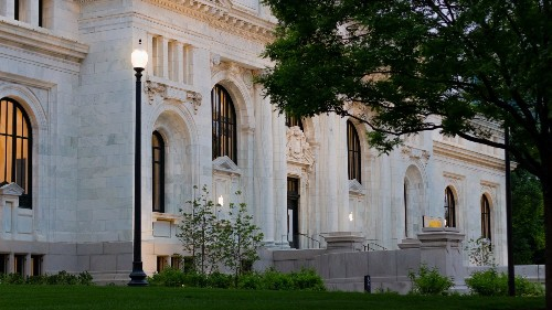 Apple Carnegie Library: An inside look at Apple's most ambitious store yet