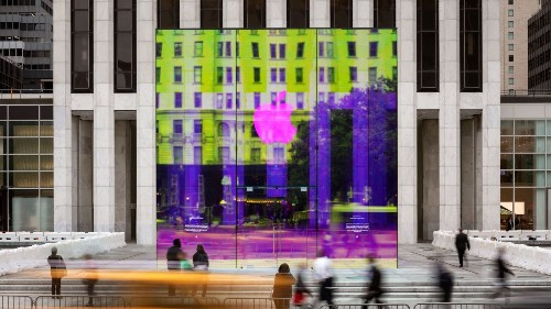 Apple Fifth Avenue's reimagined glass cube opens soon