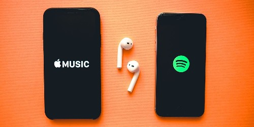 Why iCloud Music Library is what keeps me from switching from Apple Music to Spotify - 9to5Mac