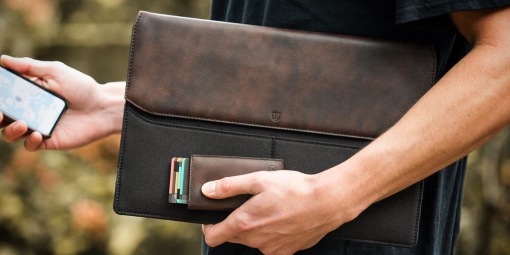 New Ekster Smart Wallets + Sleeves arrive with Siri support - 9to5Toys