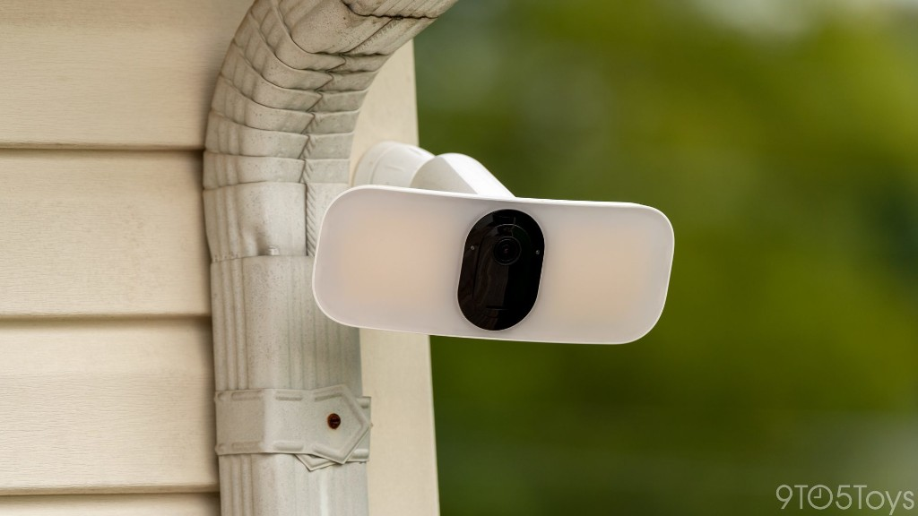 Arlo Pro 3 Floodlight + Doorbell Camera Review - 9to5Toys