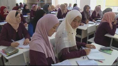 Kyrgyzstan to regulate religious schools