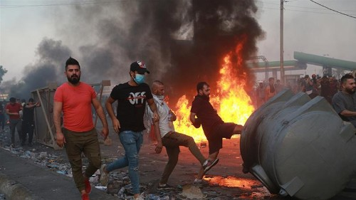 Iraqi security forces open fire on protesters in Baghdad
