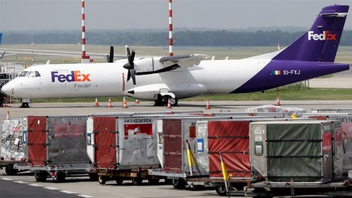 FedEx says 'operational error' prevented Huawei package delivery