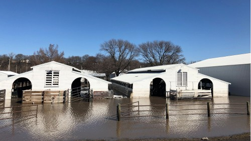 River levels keep rising in already flooded US