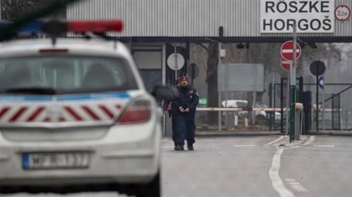 Hungary border patrol fires warning shots to stop refugees