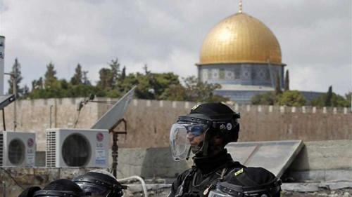 Clashes erupt at Jerusalem's Al-Aqsa mosque