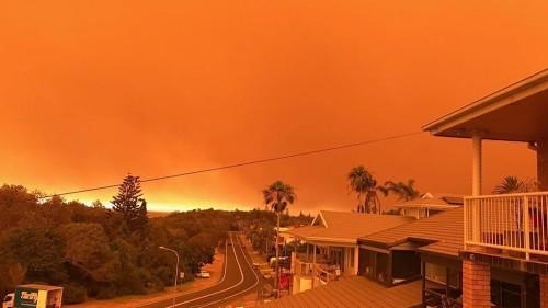 Australia urges evacuations ahead of 'catastrophic' fire threat
