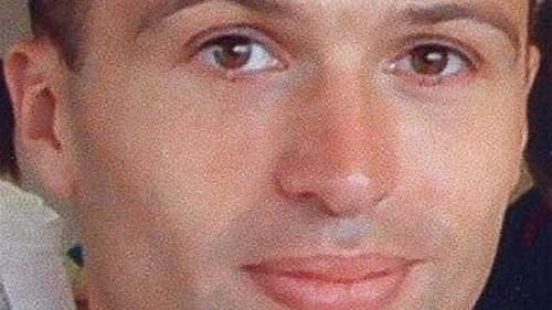 UK spy found dead in locked bag 'not murder'