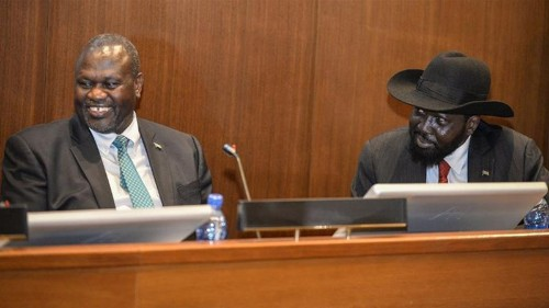 South Sudan president signs peace deal with rebel leader