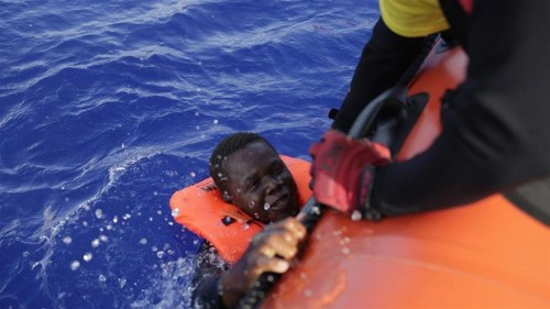 UN agencies call for resumption of EU naval rescue operations