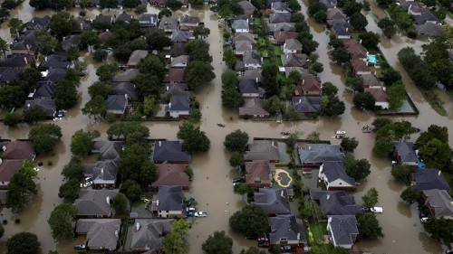 Climate change could cost US billions, worsen disasters: report