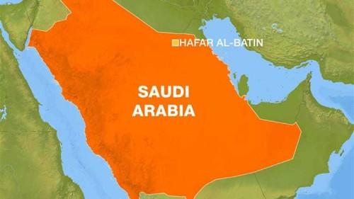 Iraqi group says fired shells at Saudi Arabia